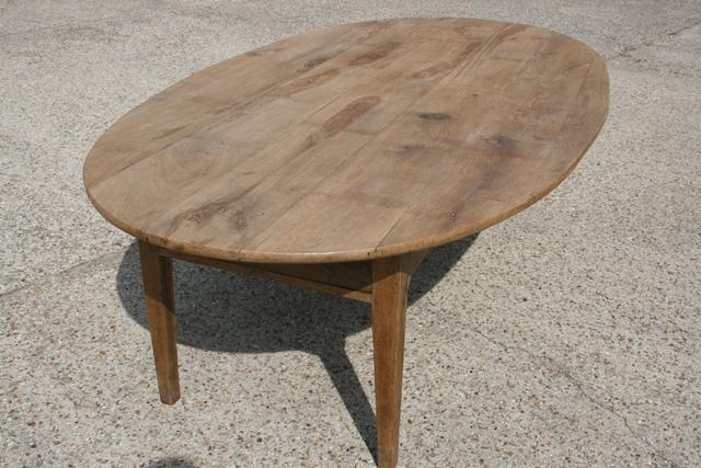 Antique Oval Dining Table antique dining table  : antique oval dining table 43 L1 from www.antique-tables.co.uk size 640 x 427 jpeg 52kB