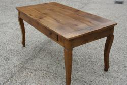 Cabriole leg cherry dining table
