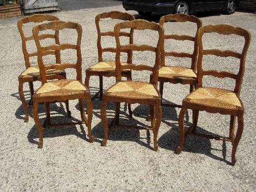 ANTIQUE CARVED CHAIR DINING LADDERBACK  Antique Auto Club - Country french chairs
