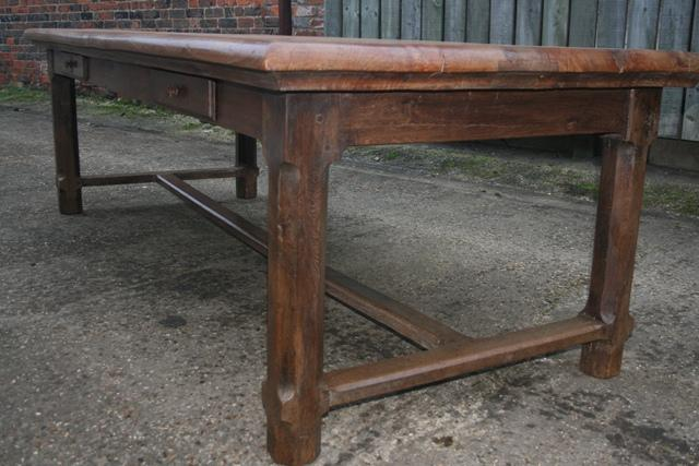Elm Refectory Table with four drawers antique farmhouse  : elm refectory table with four drawers 419 L1 from www.antique-tables.co.uk size 640 x 427 jpeg 46kB