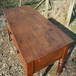 Antique Walnut Tables - A Great Option for your Living Room