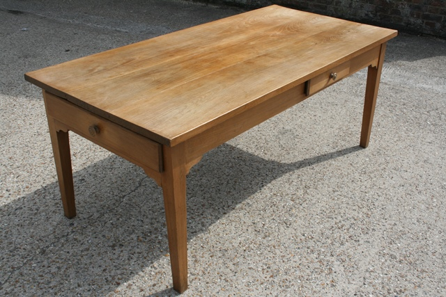 Farmhouse Trestle Table for your dining area