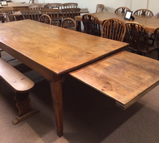 Choose the right antique dining table