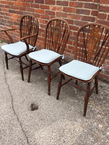 10 + 2 Windsor antique chairs