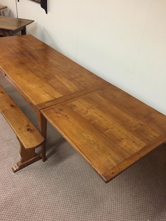 Cherry antique double drawer leaf table