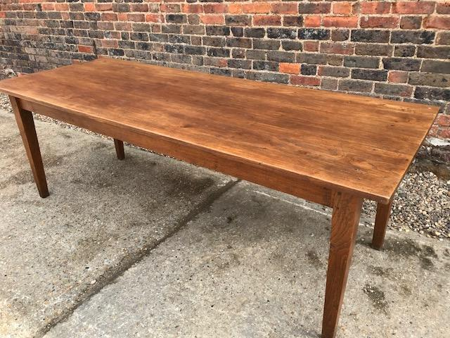 Elm French Dining Farmhouse Table