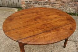 Oak round drop leaf table